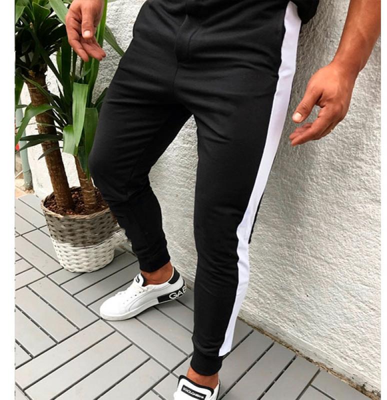 черные штаны с рисунками