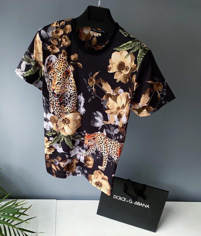 Самые крутые дизайнерские футболки для мужчин